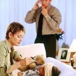 Когда при высокой температуре у ребенка нужно срочно вызывать «скорую»