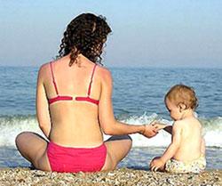 Как выбрать солнцезащитную косметику для ребенка