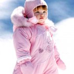 Ребенок на прогулке: как правильно его одеть?