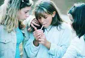 В последние годы в России растет число курящих детей и подростков